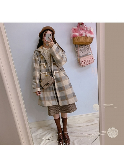 Mild Girl Retor Plaid Overcoat by SanKouSan
