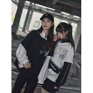 Black and White Splicing Fake Two-pieces Hoodie by Mori Tribe