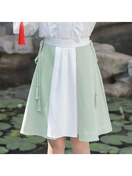 Two-Tone Mori Skirt by Mori Tribe