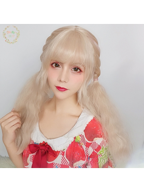 Kill and Heal Curly Long Sythetic Wig by Treetop