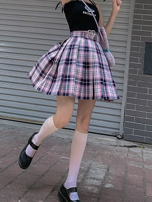 Heart Q Plaid Pleated Skirt by Alice Girl