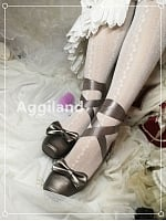 Pointe-Shoes Inspired Low Heels by Aggiland