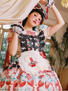 Strawberry Bouquet Sweet Lolita Matching Apron / Badge by Alice Rabbit