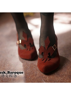 Iris Mid-heel Shoes by Baroque Mask