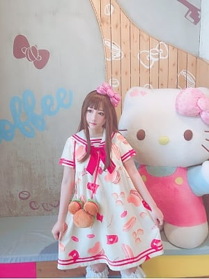 Bear and Hamburger Printed Sailor Collar OP by Diamond Honey