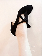 Retro Tie-Strap Pumps by Evol Day