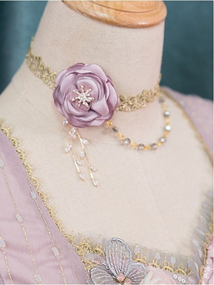 Roman Small Rose Vintage Elegant Rose Embroidered Necklace by Fantastic Wind