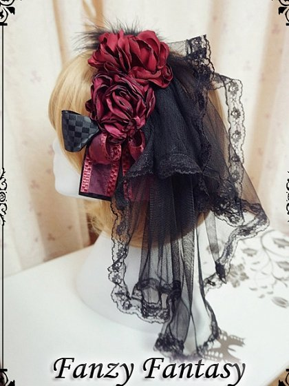 Gothic Rose KC with Veil by Fanzy Fantasy