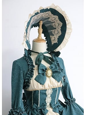 Victorian Doll Bonnet by Henrietta