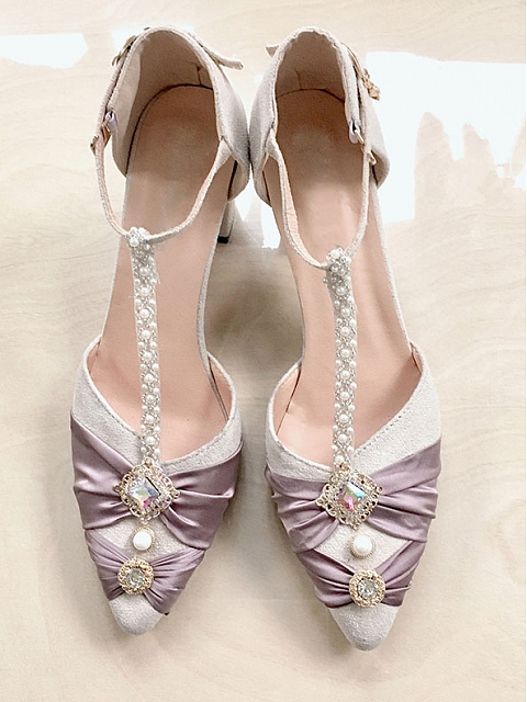 LiLi Shoes by Lee's Theatre