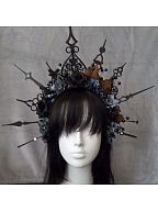 Indicator Gothic Crown by Ling Xi