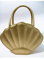 Sweet Seashell Handbag by Loris