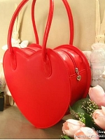 Cute Heart-Shaped Handbag by Loris