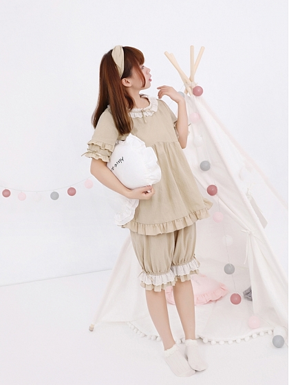 Doll-Blouse Two Piece Pyjamas by Miwako