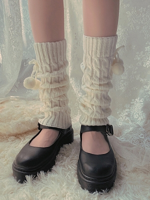Cute Twist Lines Knitted Ankel Socks by Ms. Sox