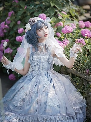 Qi Lolita Butterflies at Dusk KC and Veil by Nine Odes