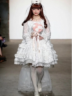 Short Lace Lolita Wedding Dress with Detachable Train by Souffle Song