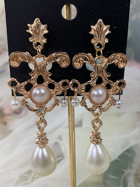 Baroque Lolita Tea Party Earrings by One Night Language