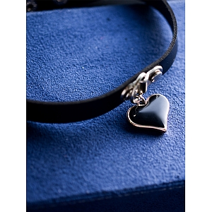 Harajuku Style Heart Shaped Pendant Choker by Quirky Hut