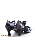 Chinese Crane Style Half Heel Shoes by Sentaro