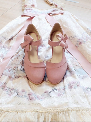 Gin Graceful Partial No-Lining Flower Buckle Mid Heels by Sentaro