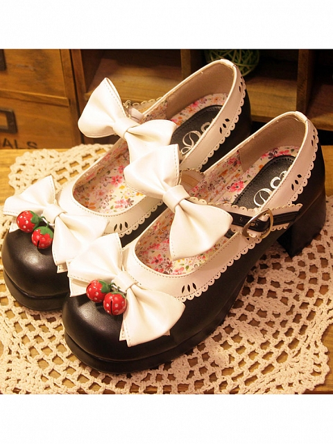 Strawberry Bell Round Head Thick Heels Bow Shoes