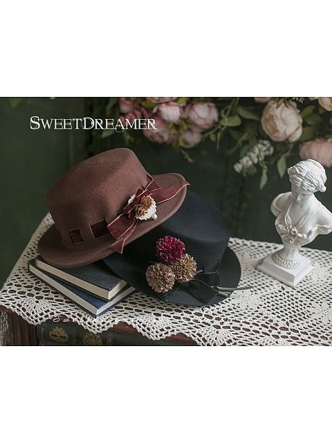 Coffe Bar Woolen Hat by Sweet Dreamer