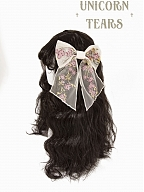 Painting of Flowers and Volume Tulle Hairband and Hairclip by Unicorn Tears