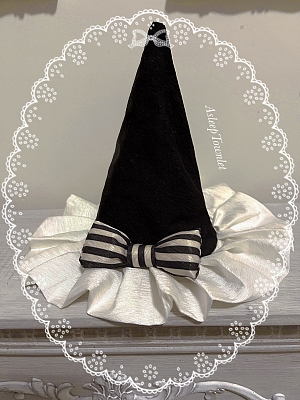 Cloud Circus Sweet Lolita Pointed Hat by Asleep Townlet