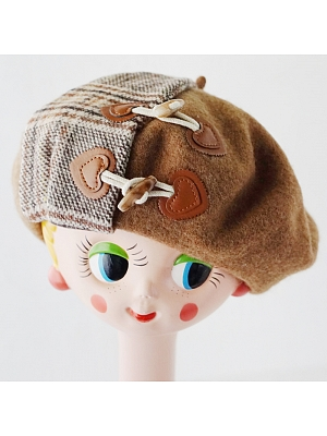 Handmade Brown Horn Buckle Stitching Plaid Woolen Beret by Besozealous