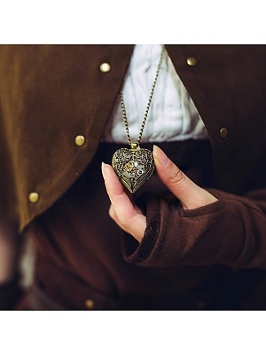 Handmade Steampunk Vintage Metal Gear Heart-shaped Necklace by Mr Yi's Steamland