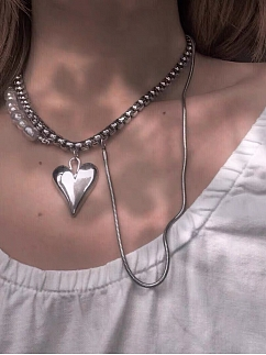 Adjustable Pearl Heart-shaped Pendant Necklace by Sub Era