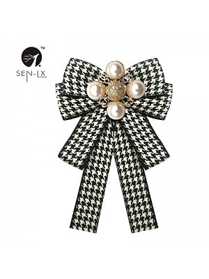 Houndstooth Bow Pearl Brooch by SENLX