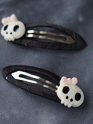 Handmade Resin Skull Head Hairclip by Strange Sugar