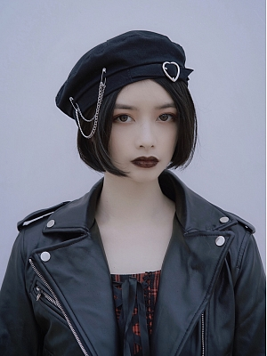 Elegant Heart Shaped Buckle Beret by Strange Sugar